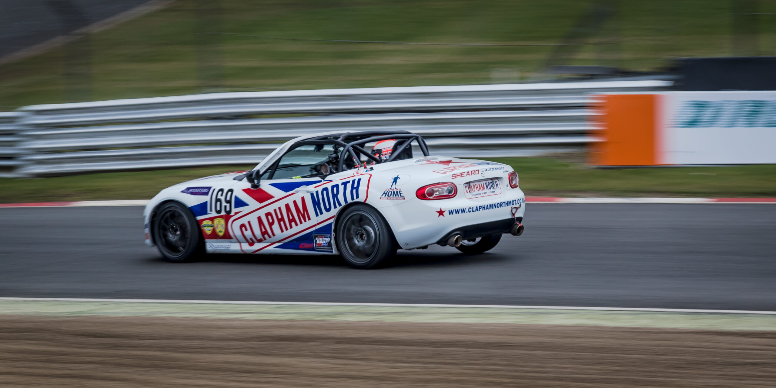 Mazda MX5 racing at Brands Hatch