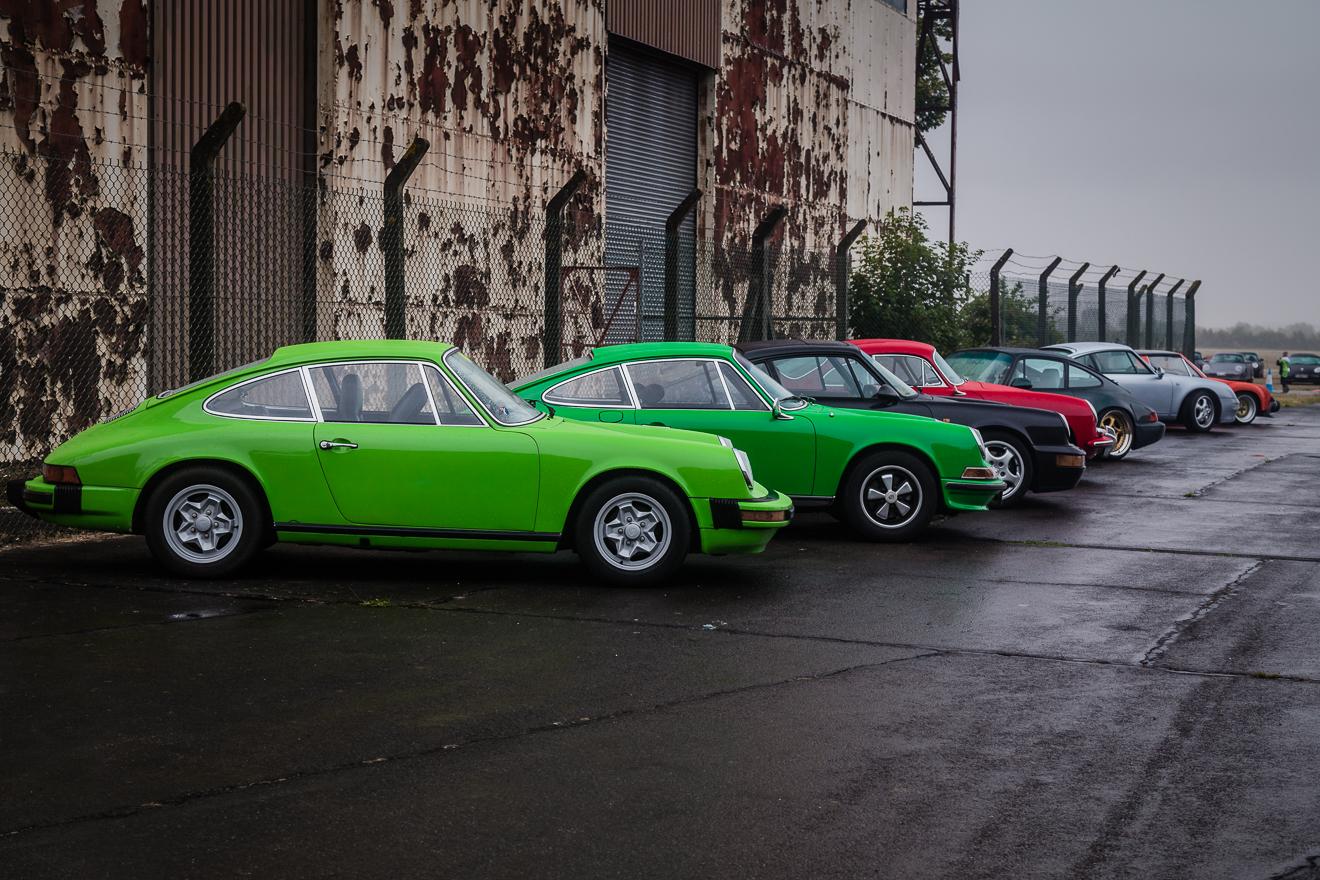Green Porsche 911