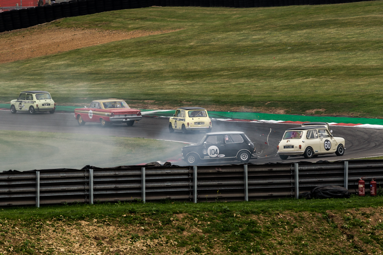 Classic Mini's crashing